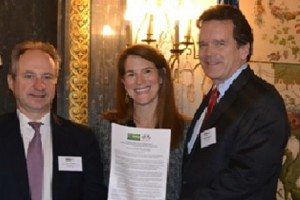L-R: Pierre Dejoux (Otis/United Technologies), Alexandra Liftman (Bank of America) and Peter Robinson (USCIB)